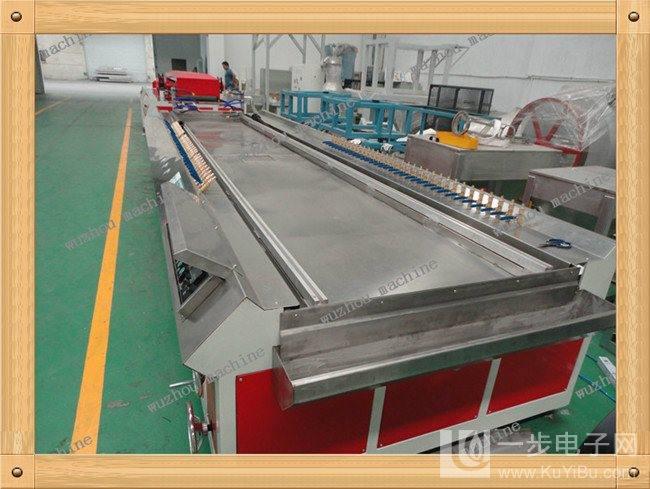 pvc木塑装饰墙板机器设备